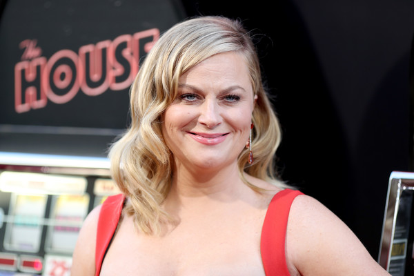 Amy Poehler Medium Wavy Cut [hair,blond,beauty,hairstyle,chin,lip,smile,premiere,long hair,brown hair,arrivals,amy poehler,the house,california,hollywood,tcl chinese theatre,warner bros. pictures,premiere,premiere]
