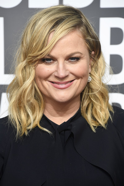 Amy Poehler Medium Wavy Cut [hair,blond,human hair color,hairstyle,beauty,eyebrow,chin,layered hair,long hair,smile,arrivals,amy poehler,the beverly hilton hotel,beverly hills,california,golden globe awards]