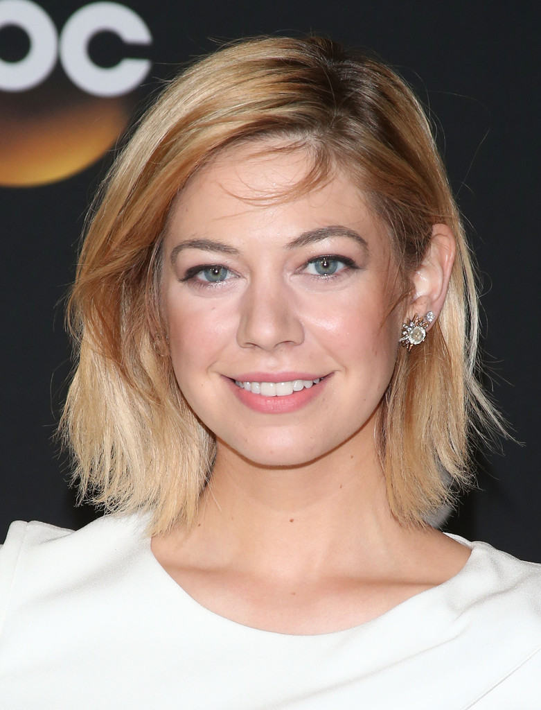 Analeigh Tipton Medium Layered Cut Analeigh Tipton Looks