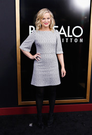 Amy Poehler was retro-chic in an Alice + Olivia mini dress during the 'Anchorman 2' NYC premiere.