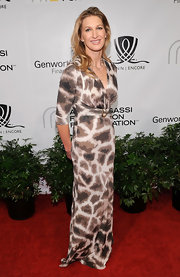 Steffi Graf's printed maxi was current choice for the red carpet.