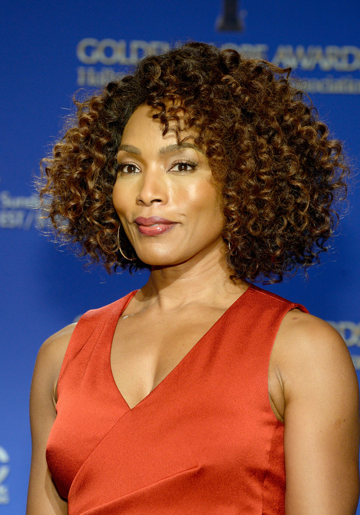 Angela Bassett Curled Out Bob Newest Looks Stylebistro