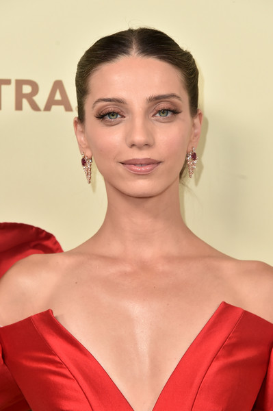 Angela Sarafyan Chignon [the hollywood reporter,hair,face,lip,hairstyle,eyebrow,skin,chin,red,beauty,shoulder,nominees,reporter,contenders,arrivals,contenders,angela sarafyan,celebrate emmy award,hollywood,sag-aftra]