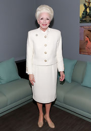 Holland Taylor chose a classic skirt suit for the 'Ann' Broadway rehearsal performance.