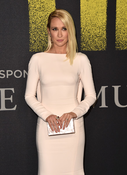Anna Camp Box Clutch [pitch perfect 3,clothing,dress,cocktail dress,fashion,blond,shoulder,neck,sheath dress,premiere,leg,arrivals,anna camp,california,hollywood,dolby theatre,universal pictures,premiere,premiere]