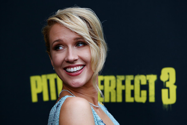 Anna Camp Loose Bun [hair,face,facial expression,blond,smile,hairstyle,yellow,beauty,eyebrow,chin,arrivals,anna camp,australian,sydney,pitch perfect 3,premiere,australian premiere of pitch perfect 3]