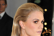 Anna Paquin Long Straight Cut