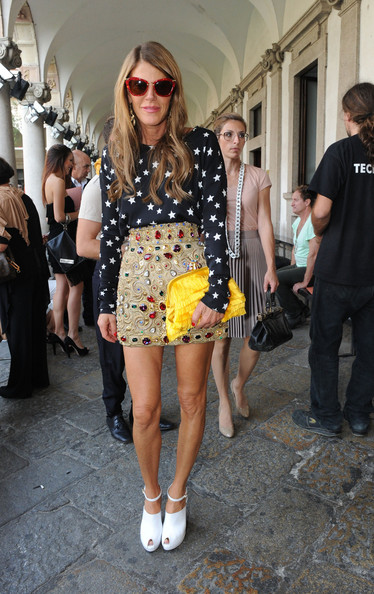 Anna dello Russo Frame Clutch [eyewear,street fashion,clothing,sunglasses,yellow,fashion,footwear,snapshot,fashion model,dress,anna dello russo,front row,milan fashion week womenswear spring,missoni - backstage,milan,italy,missoni spring,fashion show,milan womenswear fashion week]