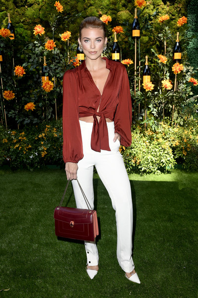 AnnaLynne McCord Chain Strap Bag [clothing,red,orange,fashion,pantsuit,spring,outerwear,suit,footwear,shoe,arrivals,annalynne mccord,los angeles,pacific palisades,california,will rogers state historic park,veuve clicquot polo classic]