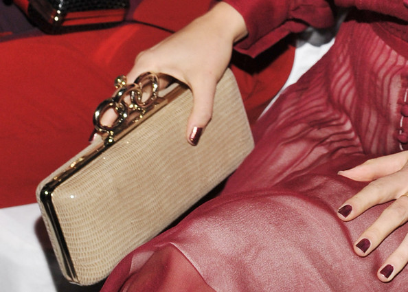 AnnaSophia Robb Leather Clutch [handbag,bag,fashion accessory,nail,hand,finger,joint,material property,beige,wallet,diane von furstenberg,annasophia robb,front row,purse detail,lincoln center,new york city,the theatre,mercedes-benz fashion week,fashion show]