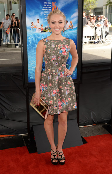 AnnaSophia Robb Metallic Clutch [the way way back,los angeles film festival premiere of the fox searchlight pictures,red carpet,carpet,clothing,dress,premiere,fashion model,fashion,flooring,hairstyle,cocktail dress,annasophia robb,arrivals,los angeles,california,fox searchlight pictures,premiere,los angeles film festival]