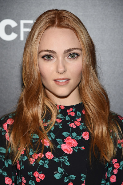 AnnaSophia Robb Long Wavy Cut [freak show,cinema society hosts the premiere of ifc films,hair,face,blond,hairstyle,eyebrow,lip,long hair,brown hair,beauty,chin,annasophia robb,new york city,ifc films,the cinema society at landmark sunshine cinema,premiere]