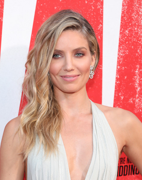 Annabelle Wallis Side Sweep [hair,blond,hairstyle,face,eyebrow,beauty,chin,layered hair,long hair,premiere,annabelle wallis,red carpet,regency village theatre,california,warner bros. pictures,new line cinema,westwood,premiere]