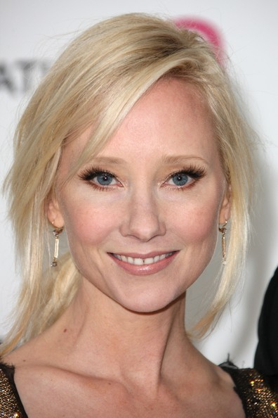 Anne Heche False Eyelashes