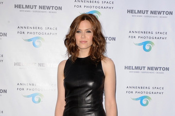 Mandy Moore Stuns In A Sleek Leather Dress