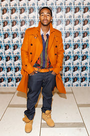 This bold statement trench coat was saying all the right things on Omarion.