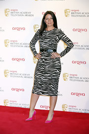 A pair of hot pink pointy pumps added a bright pop of color to Davina McCall's red carpet look.