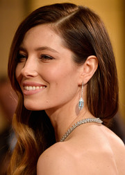 Jessica Biel worked the Oscars red carpet wearing a gorgeous pair of Tiffany & Co. dangle earrings.