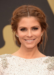 Maria Menounos looked effortlessly ethereal with a loosely braided updo.