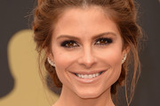TV personality Maria Menounos (jewelry detail) attends the Oscars held at Hollywood & Highland Center on March 2, 2014 in Hollywood, California.