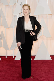 Meryl Streep kept it subdued yet classy at the Oscars in a black Lanvin skirt suit.