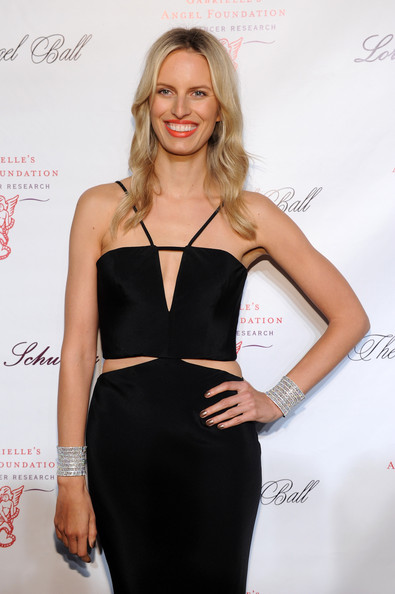 More Pics of Karolina Kurkova Cutout Dress (1 of 3) - Cutout Dress Lookbook - StyleBistro