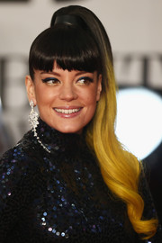Lily Allen topped off her Brit Awards look with a playful ombre ponytail.
