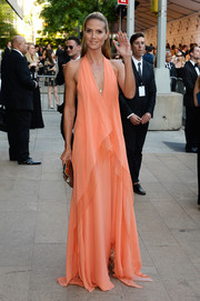 Heidi Klum was a fab head turner in a draped peach halter gown by Donna Karan during the CFDA Fashion Awards.