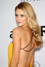 Rosie Huntington-Whiteley was flawlessly coiffed with long wavy tresses at the Cinema Against AIDS Gala.