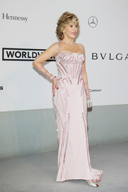 Jane Fonda looked ageless in a beaded pink Atelier Versace gown during the Cinema Against AIDS Gala.