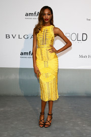 Jourdan Dunn chose a pair of black strappy sandals to team with her chic dress.