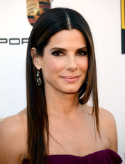 Sandra Bullock looked gorgeous at the Critics' Choice Awards even with this simple straight 'do.