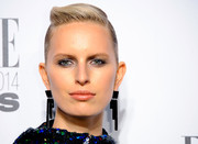 Karolina Kurkova looked futuristic with her sleek twisted updo at the Elle Style Awards.