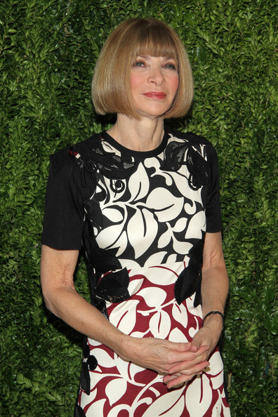 More Pics of Anna Wintour Print Dress (2 of 7) - Anna Wintour Lookbook - StyleBistro