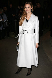 Beatrice Borromeo arrived for the Armani Prive Spring 2014 show wearing a stylish white coat with a broad belt.