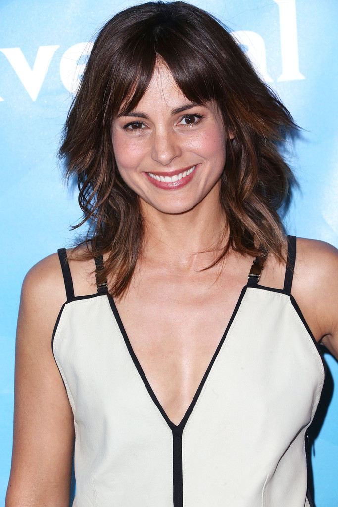 More Pics Of Stephanie Szostak Medium Layered Cut 1 Of 3