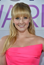 Melissa Rauch was all dolled up with this sweet half-up 'do at the People's Choice Awards.