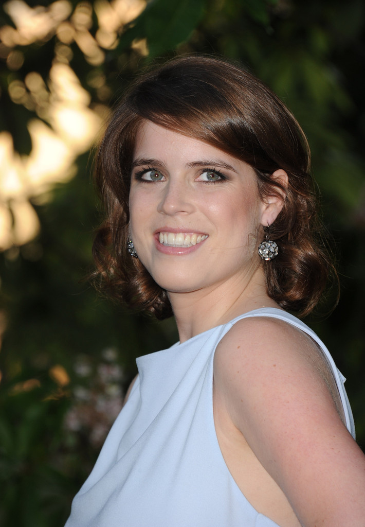 More Pics Of Princess Eugenie Short Curls 1 Of 8 Short