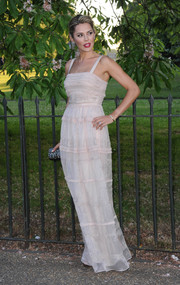 Danielle Bux looked very ladylike in her pale pink gown during the Serpentine Gallery Summer Party.