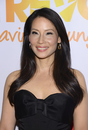 Lucy Liu opted for a loose side-parted 'do when she attended the TrevorLive NY event.