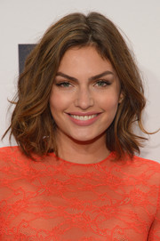 Alyssa Miller was edgy-chic at the amfAR New York Gala with her mussed-up shoulder-length waves.