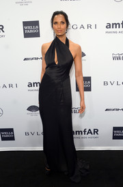 Padma Lakshmi oozed major sexiness at the amfAR New York Gala in a black J. Mendel gown with a cleavage-baring slash.