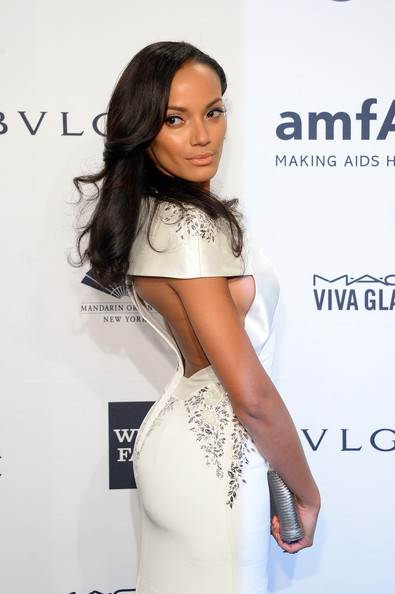 More Pics of Selita Ebanks Half Up Half Down (1 of 3) - Half Up Half Down Lookbook - StyleBistro