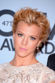 Kimberly Perry was all about romance with this soft, curly updo at the CMA Awards.