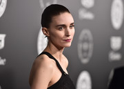 Rooney Mara styled her hair into a croydon facelift for the 2018 Art of Elysium Heaven Gala.