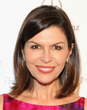 Finola Hughes kept it simple with this mid-length bob when she attended the Art of Elysium's Heaven Gala.