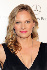 Vinessa Shaw sported sweet, ultra-feminine curls at the Art of Elysium's Heaven Gala.