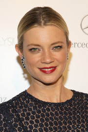Amy Smart was a classic beauty at the Art of Elysium's Heaven Gala with this center-parted bun.