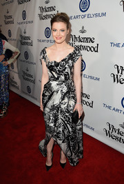 Gillian Jacobs glammed it up in a black-and-white scarf-print gown at the Heaven Gala.
