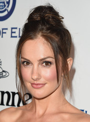 Minka Kelly rocked a messy top knot at the Heaven Gala.